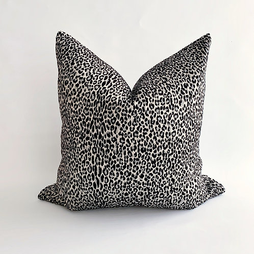 Silver Leopard Cushion