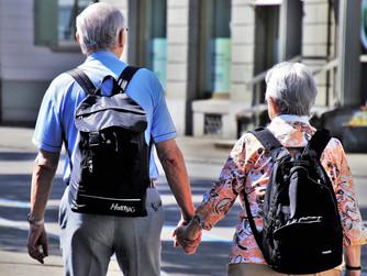 5 Ways to Have Fun While Walking with Seniors