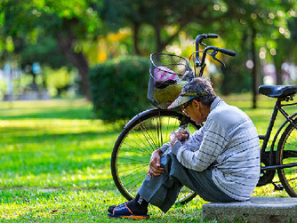 Home Care Tips: How to Prevent Heat Exhaustion in Seniors