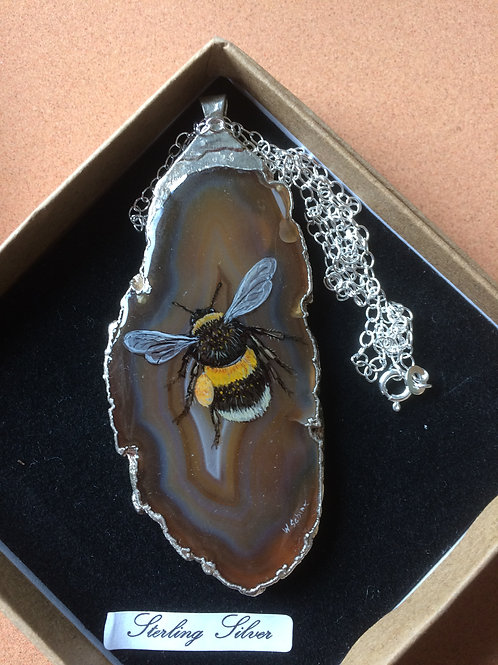 Large bumble bee pendant