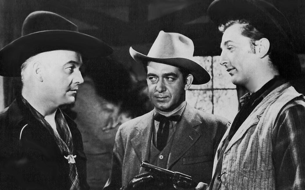 Hoppy Serves a Writ (1943)