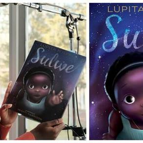 Livro infantil de Lupita Nyong'o ganhará musical na Netflix
