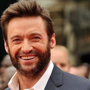 """Próximo suspense de Hugh Jackman, """"Reminiscence"""", ganha breve teaser e data de lançamento"""