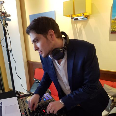 DJ Maximus.jpg