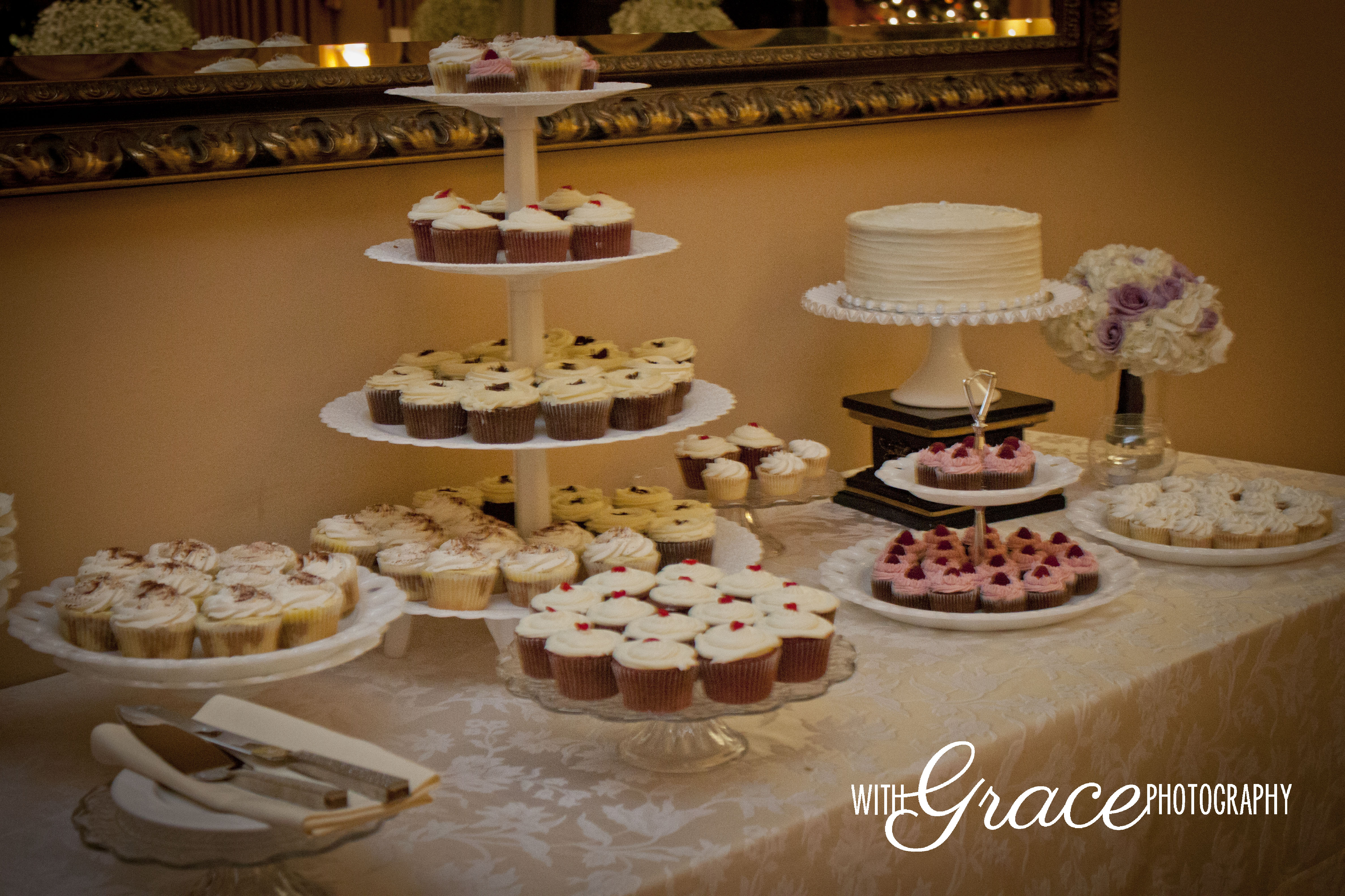 Cake & Cupcakes Table
