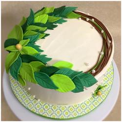 Green Wreath Cake