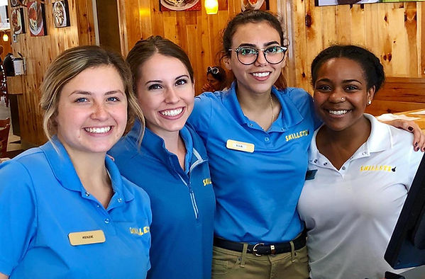 smiling Skillets employees