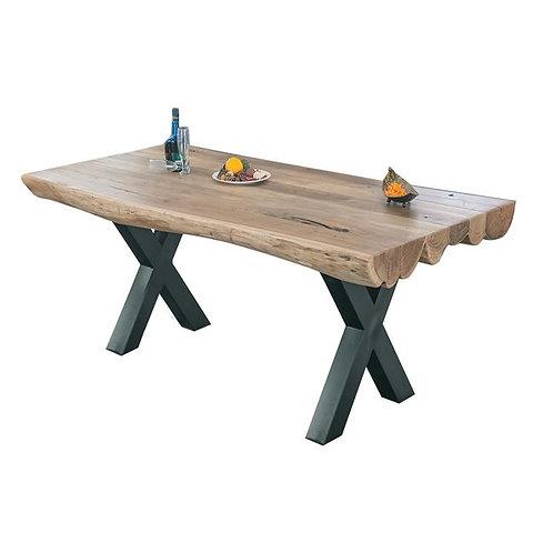 Τραπέζι με σιδερένια βάση και επιφάνεια απο μασίφ ξύλο ακακίας