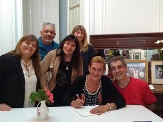 Presentación La raíz en el Agua y otros poemas, de María Laura Evequoz, en Concepción del Uruguay, E