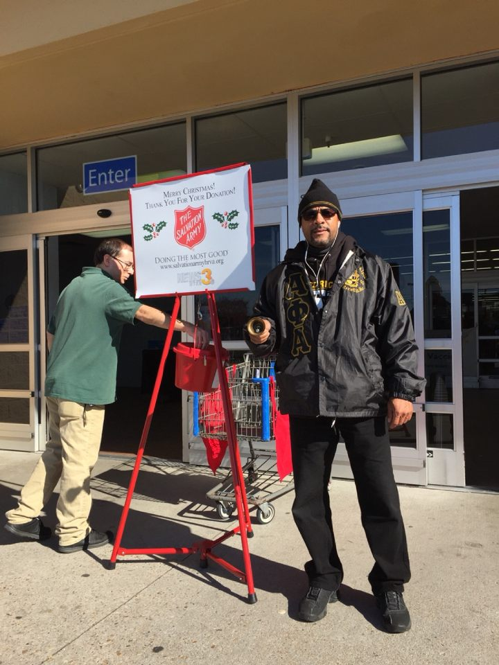 2017 Salvation Army Bell Ringing 6