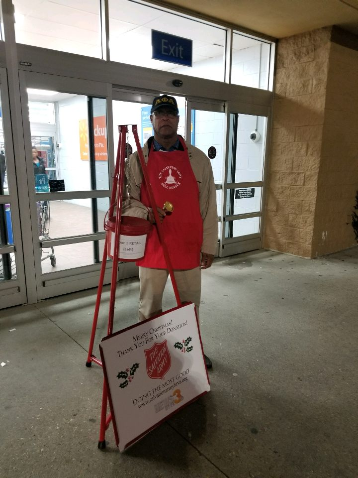 2017 Salvation Army Bell Ringing 12