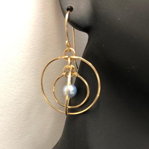 Blue Pearl Tri-Circle