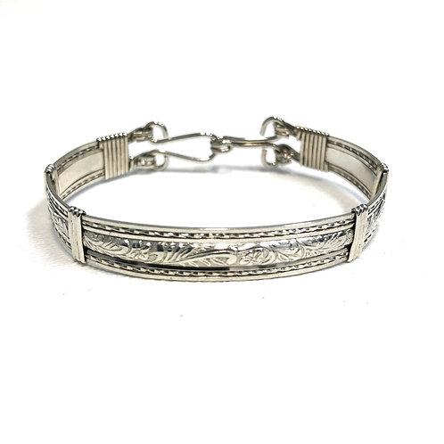 Vine Pattern Bracelet Twist