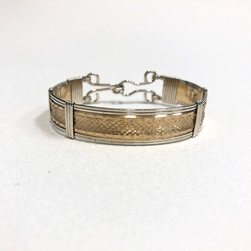 Diamond Plate Pattern Bracelet