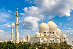 Sheikh Zayed Grand Mosque in Abu Dhabi i