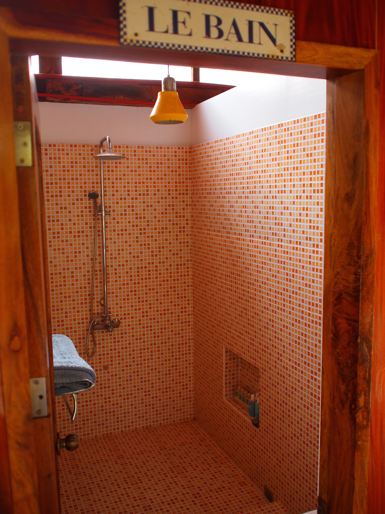 Bathroom on the 2nd floor