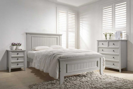 Mila Panelled Bed 5' -Taupe