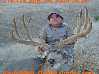 #32 JORGE GUTIERREZ Santa Rosa Island Top 100 Mule Deer Bucks