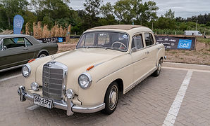 Mecedes Benz 2.jpg