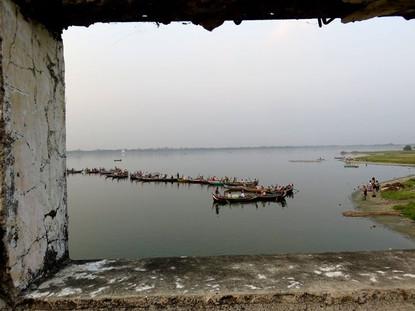 U Bein Bridge, Amarapura, Mandalay Divis