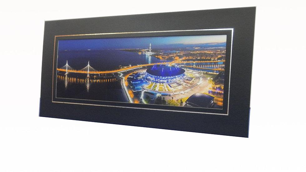 """Панорамное фото стадиона """"Санкт-Петербург"""" в картонной рамке"""