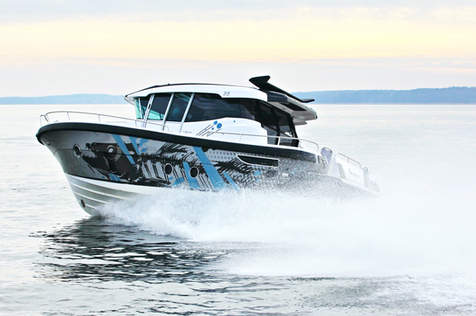 ARCTIC COMMUTER 35 NEW ROOF RESTYLE - EXTERIOR DESIGN
