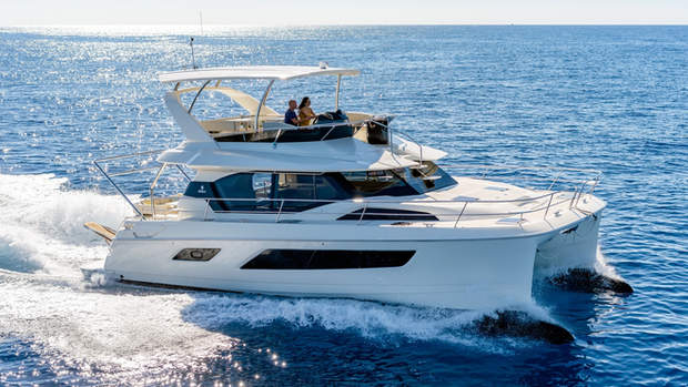 AQUILA 40/42 EXTERIOR DESIGN FOR J&J 2012