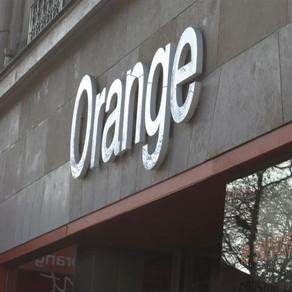 Orange lance un smartphone pour les personnes déficientes visuelles