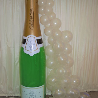 champagne bottle air fill arch