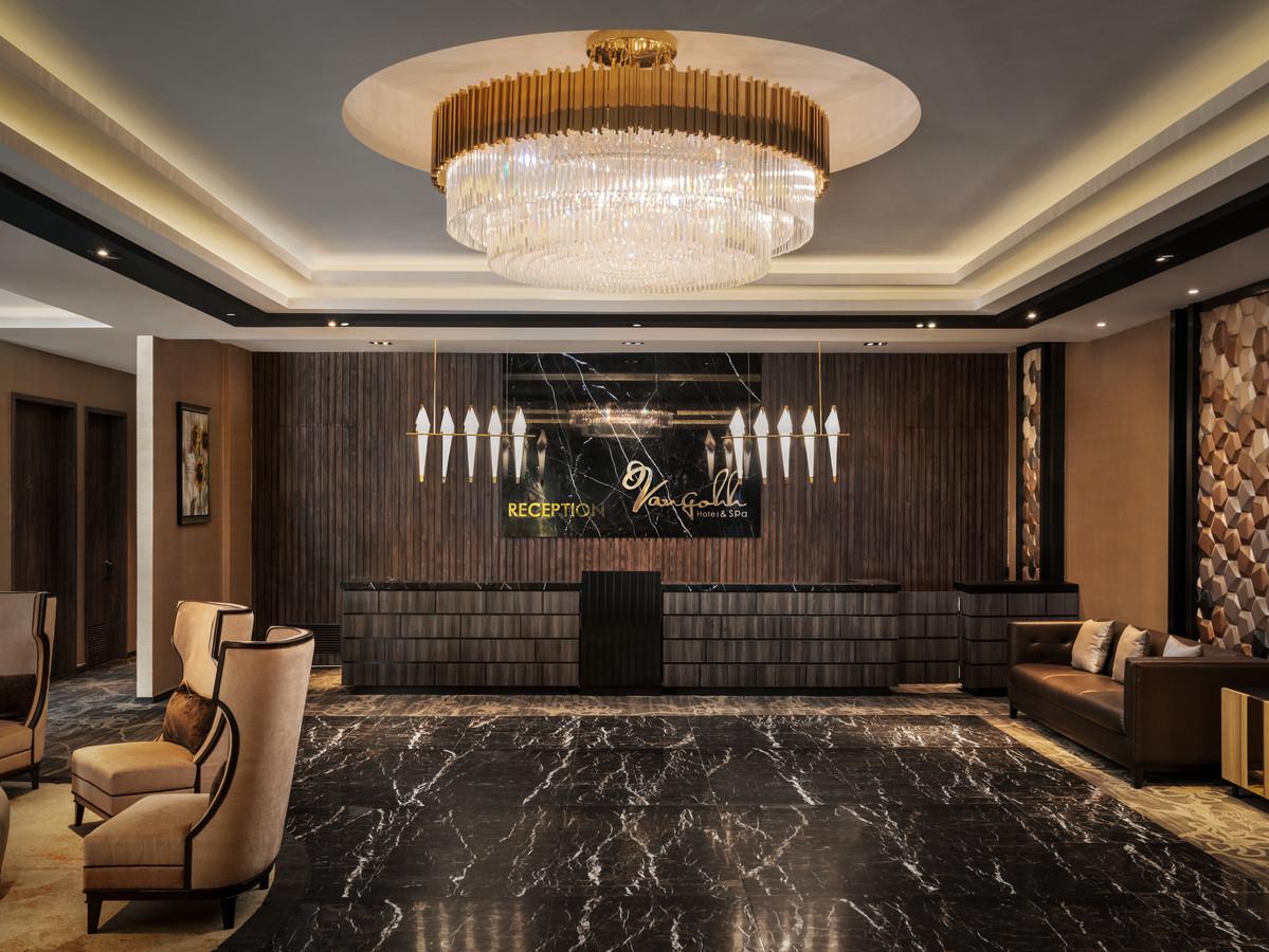Vangohh Eminent Hotel