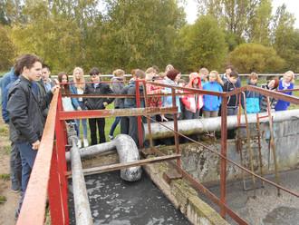 27 сентября ученики 7 и  8 классов посетили очистные сооружения Главной канализационной насосной ста