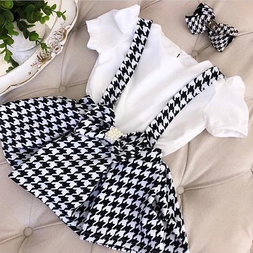 Salopete xadrez + blusa