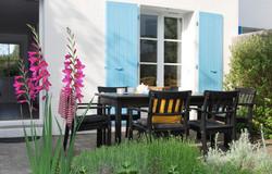 Le Héron, la terrasse, le jardin