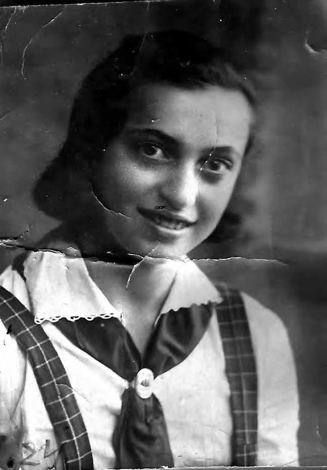 Валя Калтыкьян  пианистка джаза 1935 г..