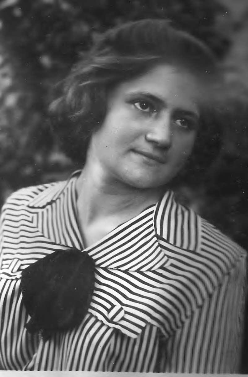 Солистка хора Кальнёва Наталья