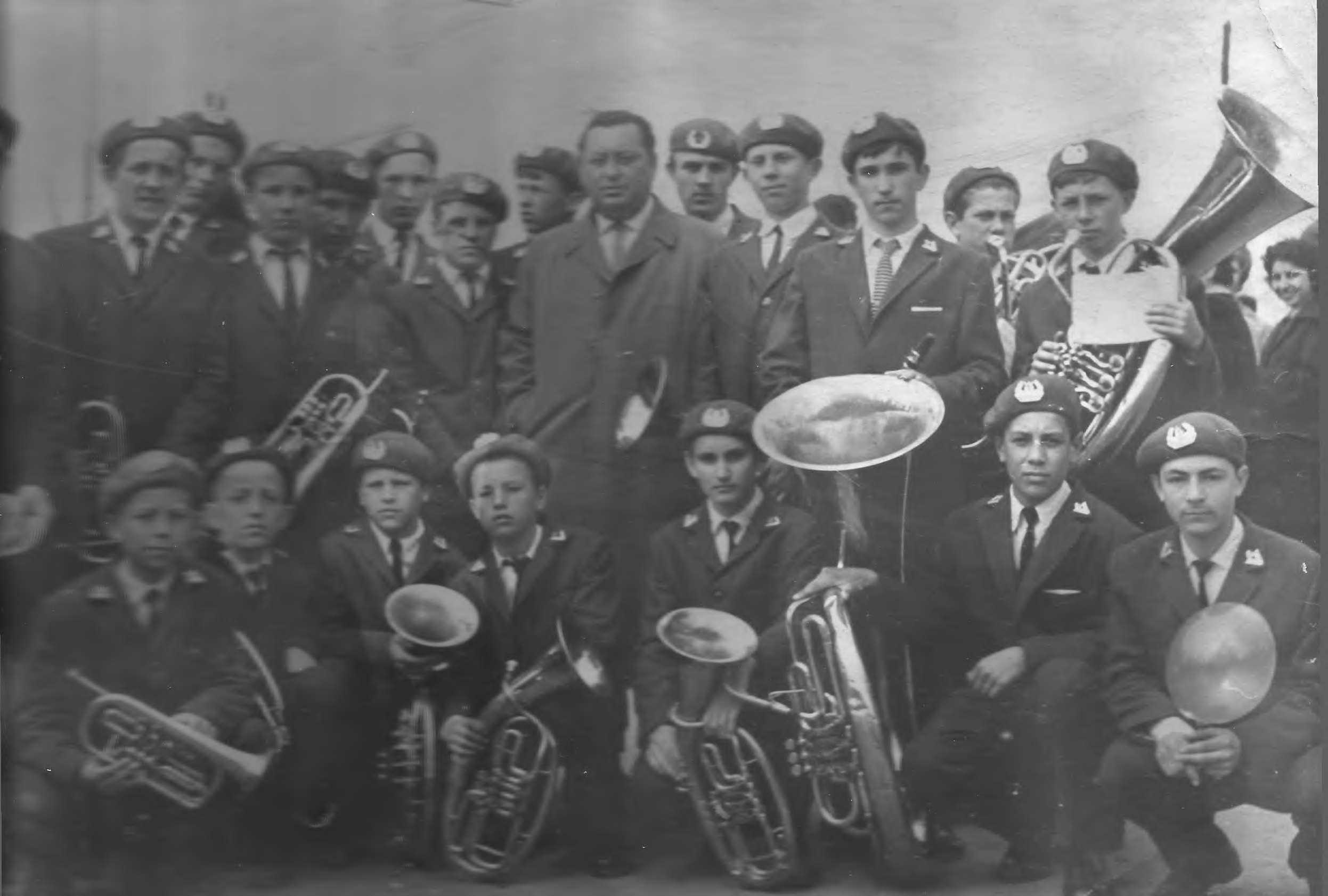 Духовой оркестр-участник областного смот