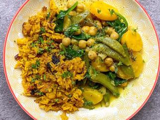 Curry doux au patates douces, pois-chiches et légumes verts