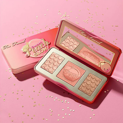 Sweet Peach Glow Kit Trio Glow