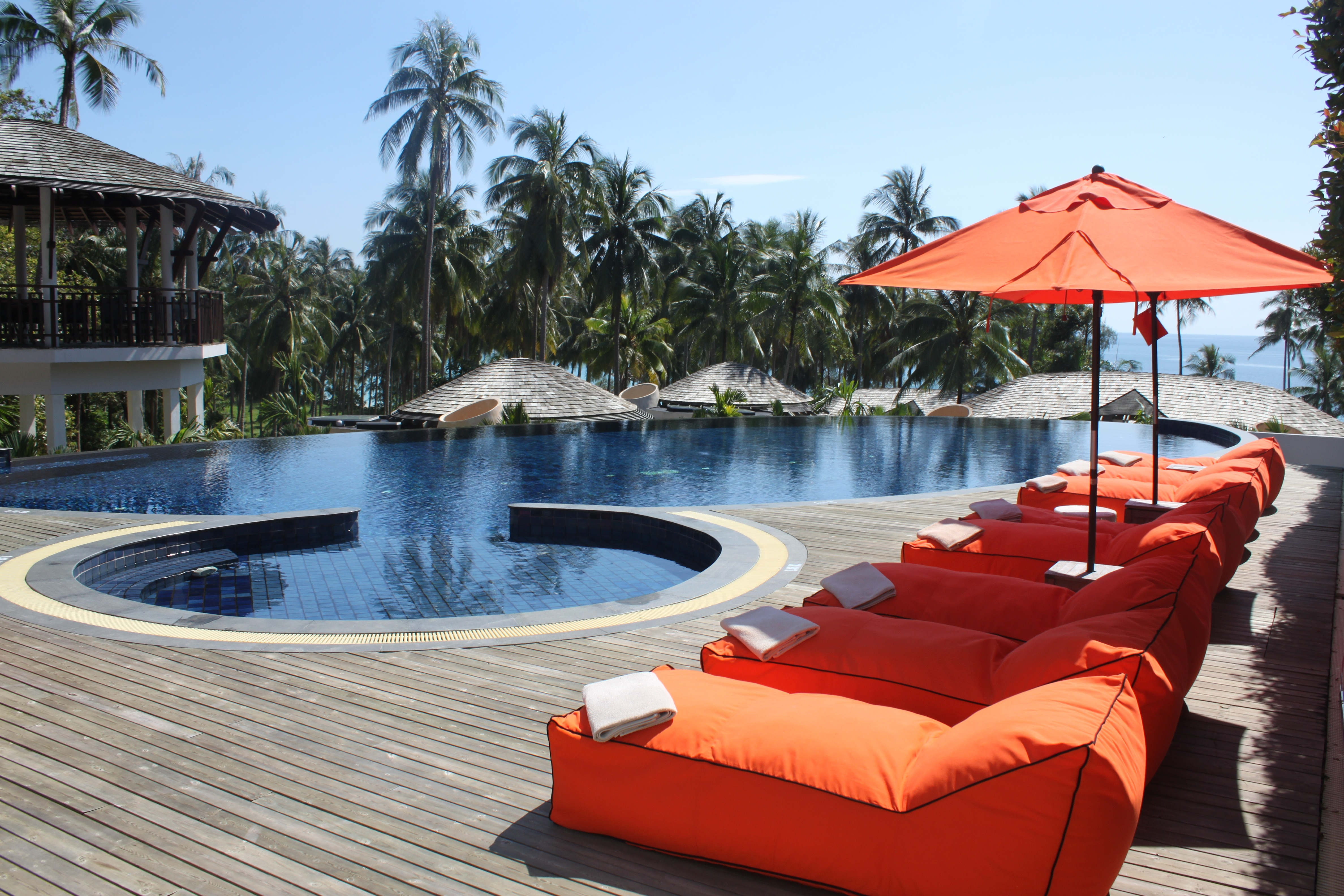 resort1.jpeg