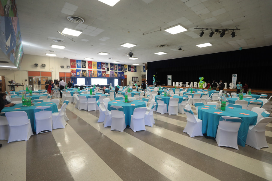 Banquet Set-Up