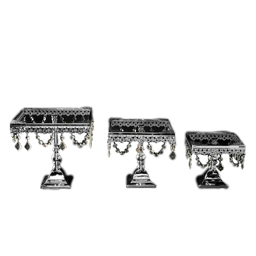 Metal Cakes Stand with Glass | Silver Trim