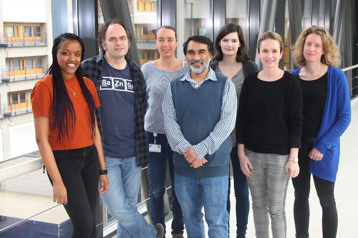 lab foto website.jpg