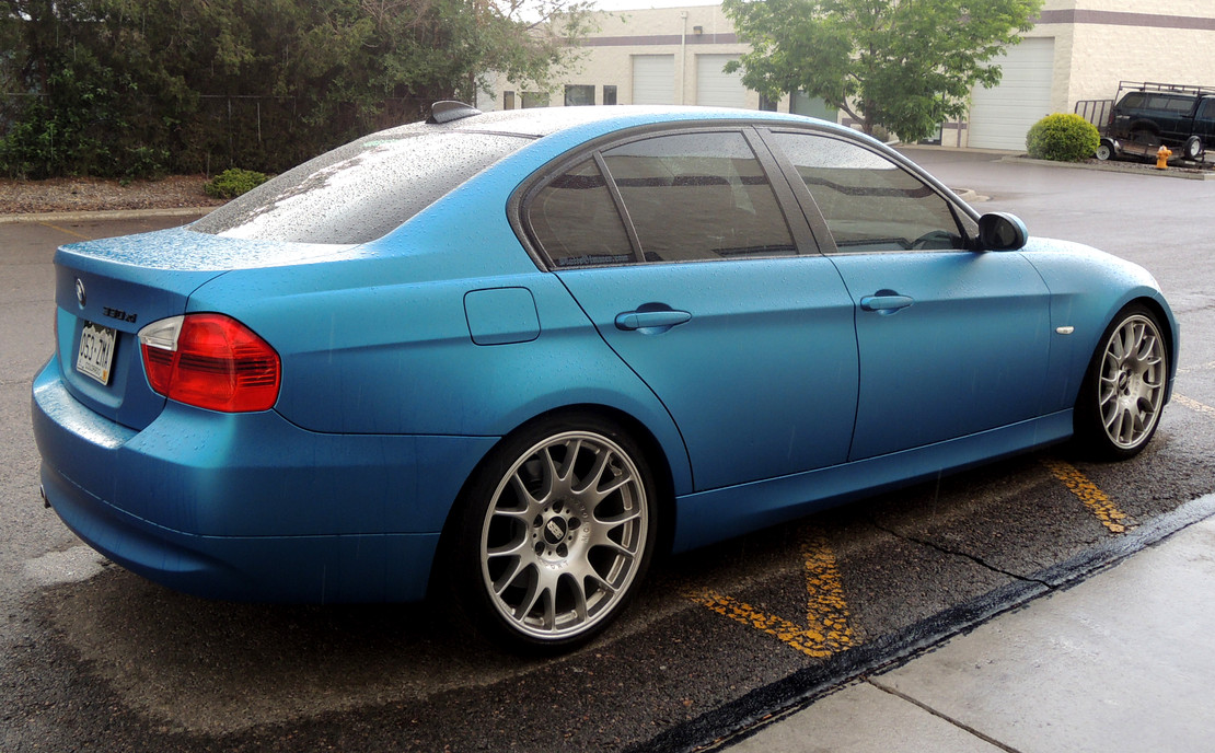 BMW 330xi Matte Blue