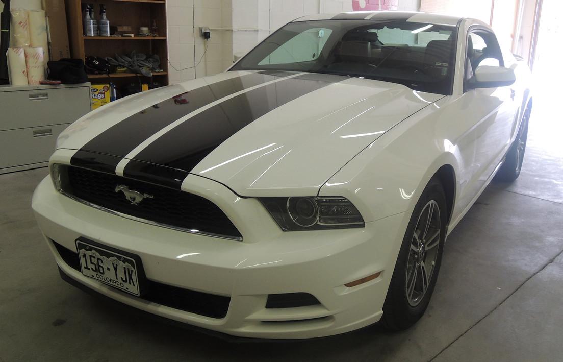 Custom Ford Mustang Graphics