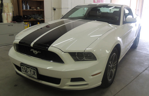 Custom Ford Mustang Graphics