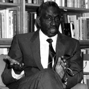 Cheikh Anta Diop derrubou o racismo cientifico, ao provar que o Egito era uma civilização negra