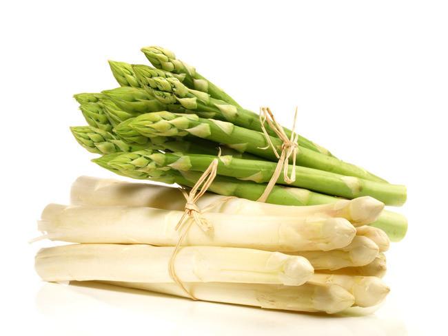 Recettes de printemps : Clafoutis d'asperges blanches au parmesan et amandes