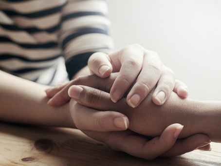 怎样帮助好像有抑郁症的亲友?