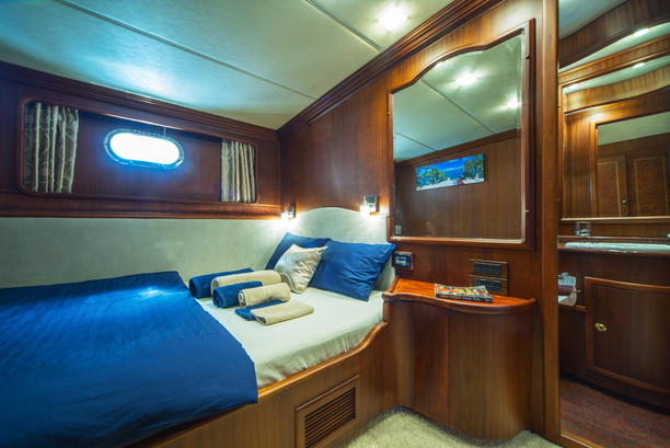 Double bed cabin Alba (2).jpg