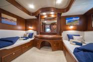 Twin cabin Alba (2).jpg